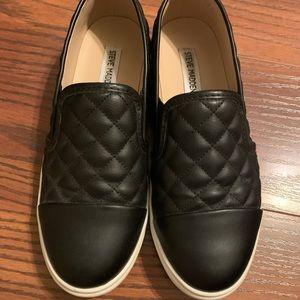 Steve Madden Zaander Slip On Sneakers